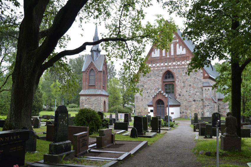 Hautaustoimisto Vantaa Bieder - Pyhän Laurin kirkko