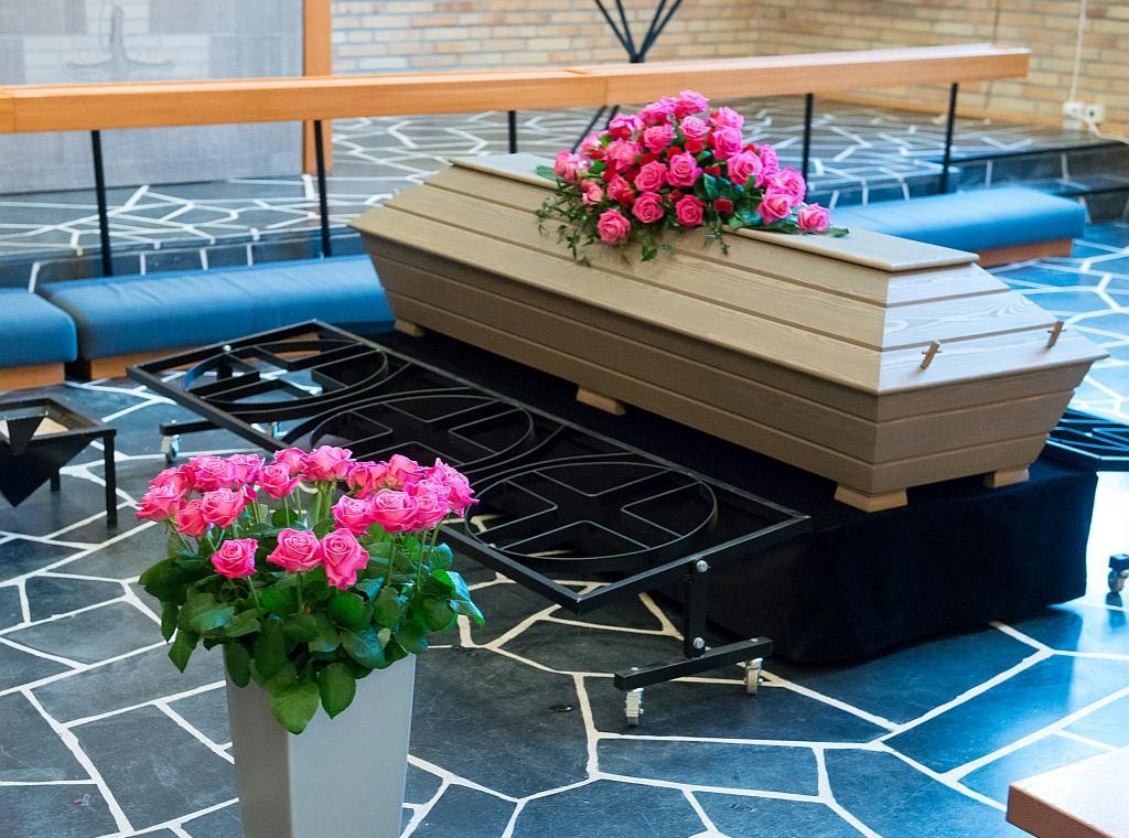 Hautaustoimisto Bieder - Se järkevän hintainen hautaustoimisto